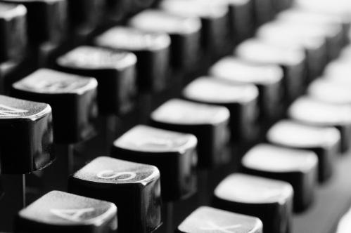 typewriter-726965.jpg
